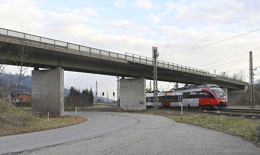 Die ÖBB Unterführung bei Rothenthurn bekommt unter anderem neue Fahrbahnübergänge