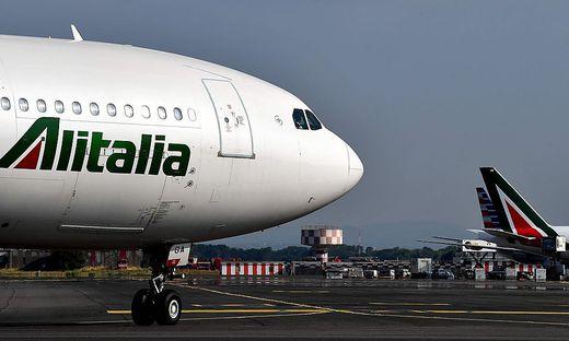FILES-ITALY-AVIATION-ALITALIA