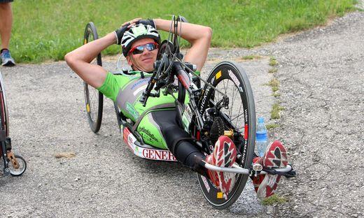 Der bekannte Hand-Biker Manfred Putz verstarb noch an der Unfallstelle