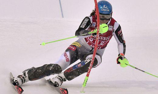 Petra Vlhova führt im 2. Slalom in Levi gemeinsam mit Michelle Gisin