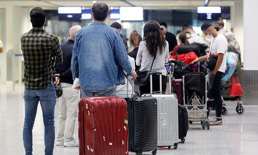 Situation am Flughafen zum Ferienstart in NRW
