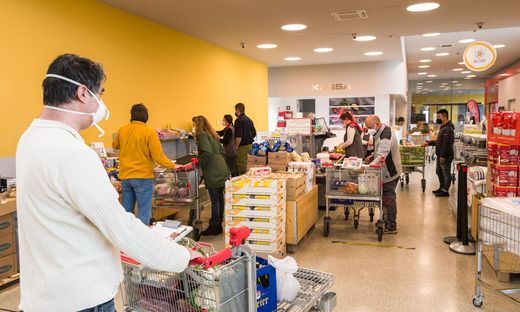 Gastro-Großeinkäufe vor dem verlängerten Wochenende bei Transgourmet in Villach