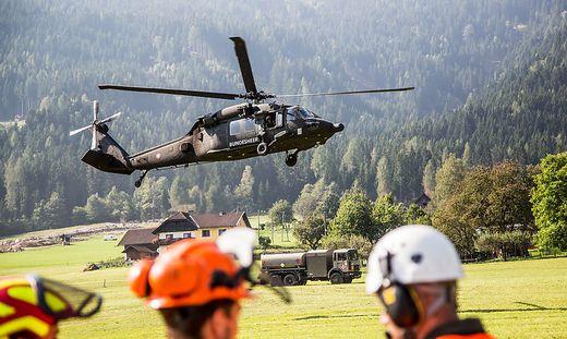 Black Hawk Einsatz nach Murenabgang in Afritz