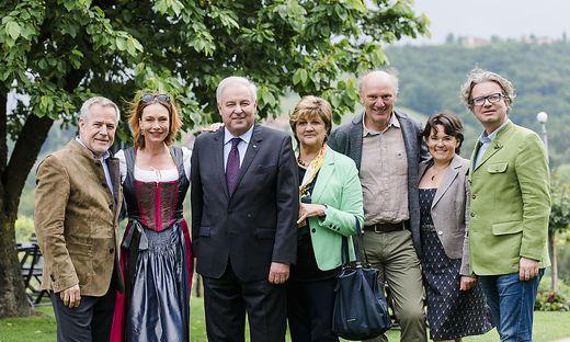 Siegfried Wolf, Aglaia Szyszkowitz, LH Hermann und Marianne Schützenhöfer, Josef und Ulrike Zotter, Christopher Drexler