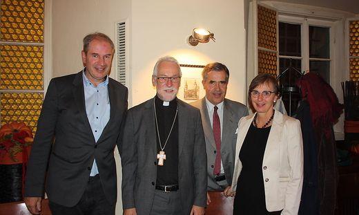 Trendl, Marketz, Henckel von Donnersmarck und Kattnig (von links) bei der Jahreshauptversammlung des Katholischen Familienverbandes
