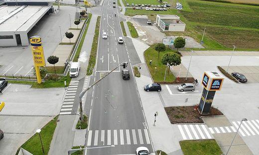 An dieser Kreuzung in Wolfsberg kam es vergangenen Oktober zu dem tödlichen Unfall