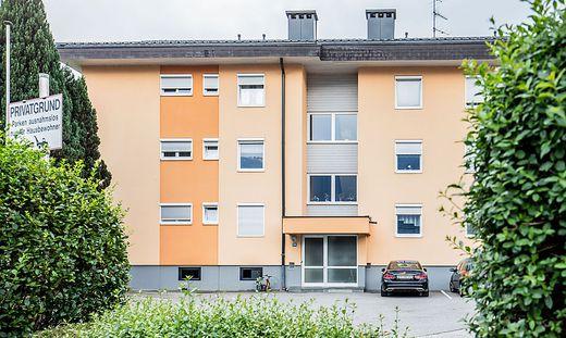 In diesem Mehrfamilienhaus in Neu-Feffernitz kam es zu der Gewalttat