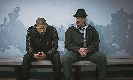 """Adonis Creed (Michael B. Jordan) und Rocky (Sylvester Stallone), der nicht mehr in """"Creed III"""" mitwirkt"""