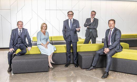 Das neue Präsidium der WKO Steiermark (v.l.): Herbert Ritter (Vizepräsident), Gabi Lechner (Vizepräsident), Josef Herk (Präsident), Karl-Heinz Dernoscheg (Direktor) und Andreas Herz (Vizepräsident)