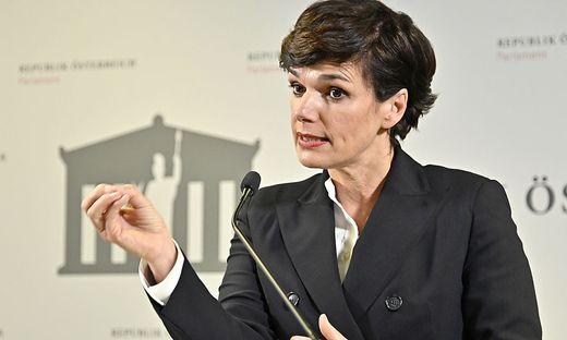 """SPÖ-Chefin Pamela Rendi-Wagner: """"Jetzt unter allen Umständen die Kontrolle behalten, um einen dritten Lockdown zu vermeiden"""""""