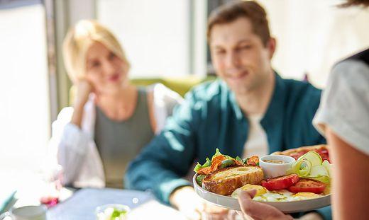 Die meisten offenen Stellen in der Südsteiermark verzeichnen die Bereiche Handel und Tourismus bzw. Gastronomie