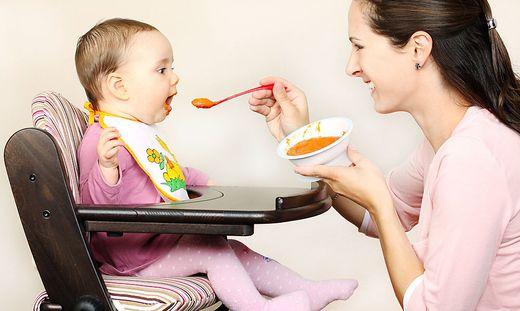 Zucker und Süßstoffe in Babynahrung