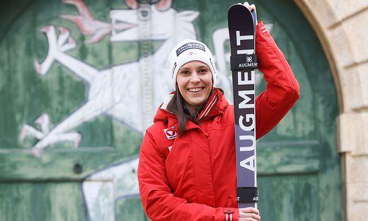 Katrin Ofner startet bei der Skicross-WM in Idre Fjäll