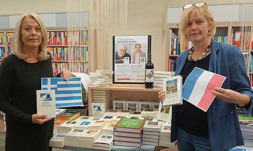 Rita Schreiner von der Bücherei und Gerlinde Wiesenhofer von der Buchhandlung Morawa