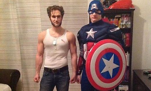 Captain America und Wolverin möchten gerne Bastian überraschen