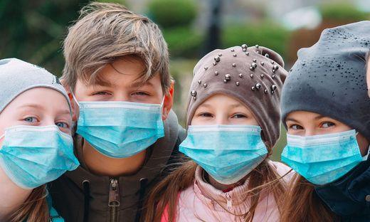 WHO empfiehlt Tragen einer Maske für Kinder ab zwölf Jahren