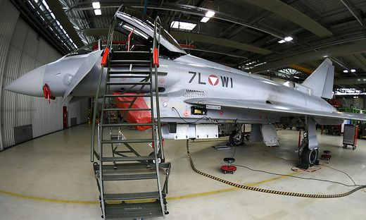 THEMENBILD: EUROFIGHTER IM FLIEGERHORST HINTERSTOISSER