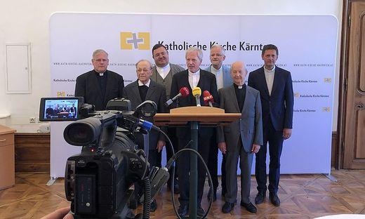 Guggenberger wurde von hochrangigen Kirchenvertretern begleitet