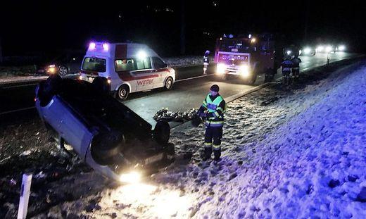 Schladming Auto überschlug Sich Vier Verletzte Kleinezeitungat