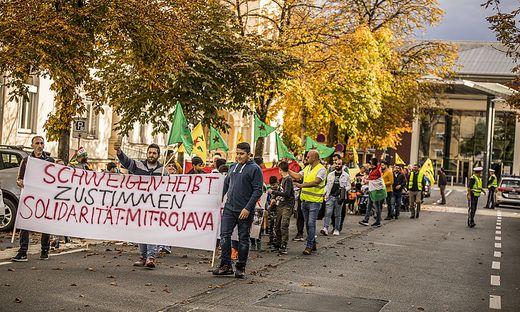 Kurden demonstrierten Samstagnachmittag in Klagenfurt für Frieden in Rojava