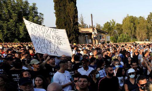Auch in Griechenland formiert sich der Protest gegen die Corona-Maßnahmen