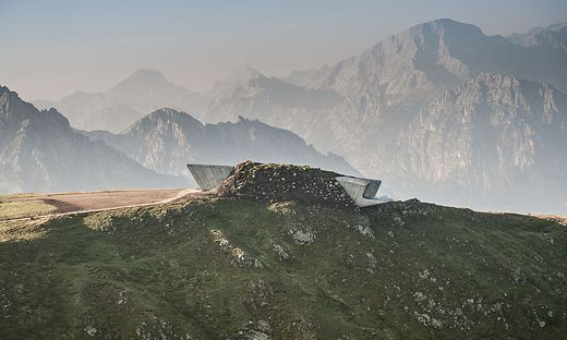 Corones widmet sich dem traditonellen Alpinismus