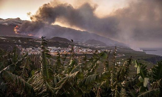Lava From Cumbre Vieja Volcano On La Palma Reaches Sea