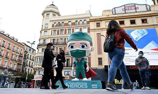 Die Pflegekräfte bitten in Madrid um Unterstützung