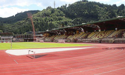 Der Gottesdienst findet im Franz-Fekete-Stadion statt