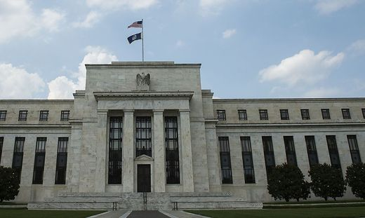 Trotz Trump-Kritik: US-Notenbank erhöht Leitzins um 0,25