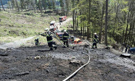 Schon am Nachmittag waren am Madereck sechs Feuerwehren aus dem Raum Bruck-Kapfenberg im Einsatz
