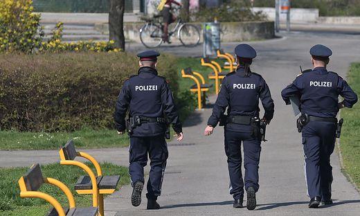 Die Polizei darf ab Samstag Organstrafverfügungen bei Verstößen gegen Coronaregeln ausstellen.