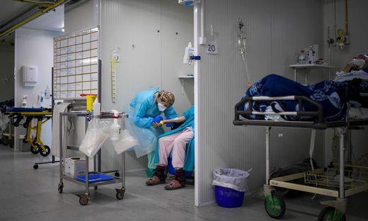 Eine Notaufnahme für Corona-Patienten in Lissabon