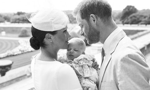 Die Eltern Harry und Meghan mit Täufling Archie
