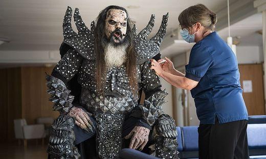 Covid-Impfung für Mr. Lordi