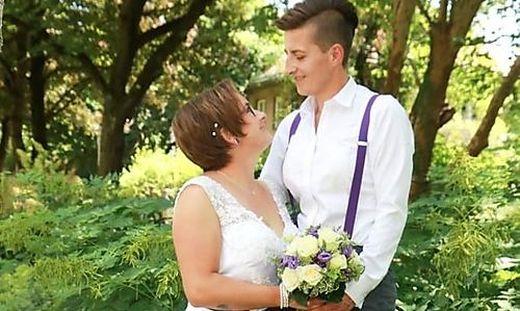 Nina und Kerstin Zettl haben sich im Juli das Ja-Wort gegeben