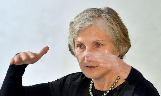 """Irmgard Griss: """"Die Nationalbank hätte früher einschreiten müssen."""""""