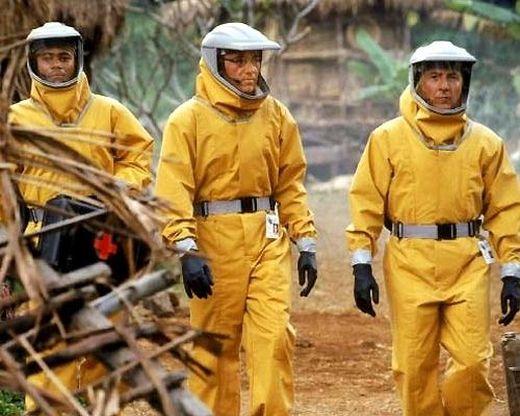 """Dustin Hoffman 1995 im Katastrophenfilm """"Outbreak""""."""