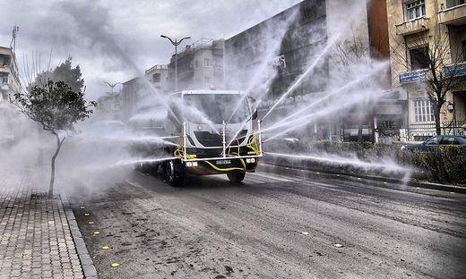 Müssen Straßen desinfiziert werden?