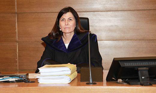 VW-Abgasskandal: Richterin Sabine Grün will Entscheidung des EuGH abwarten