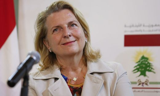Karin Kneissl, Gibran Bassil