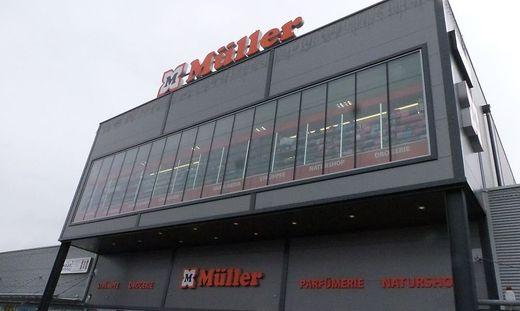 Die Müller-Filiale in der Arena Fohnsdorf, wo die Polizeikontrolle stattfand