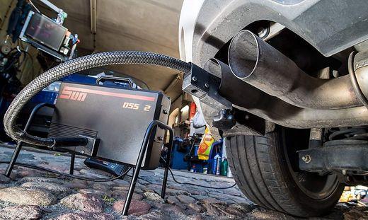 Der VKI vertritt in den Klagen gegen VW 10.000 Personen