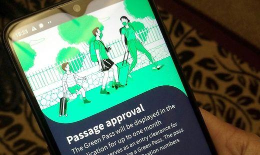 """Das Vorbild: Der """"grüne Pass"""" in Israel"""