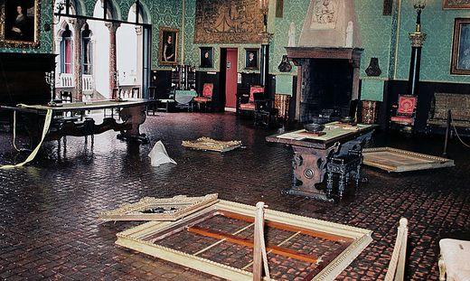 Die leeren Rahmen nach dem Kunstraub im März 1990