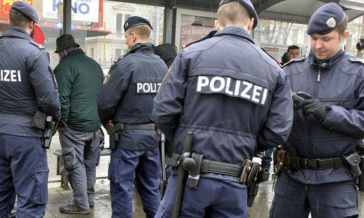 WIEN: SCHWERPUNKTKONTROLLEN ZUR BEK�MPFUNG DER DROGENKRIMINALIT�T
