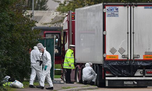 FILES-BRITAIN-CHINA-POLICE-BODIES