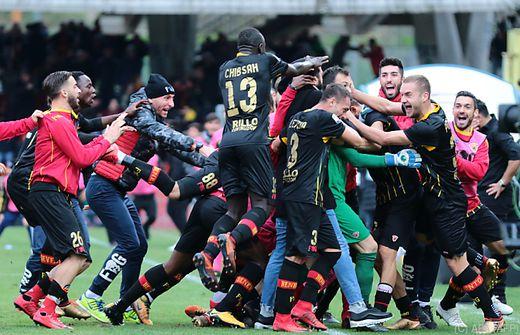 Gegen AC Mailand: Benevento Calcio holt beim 2:2 ersten Punkt in Serie A