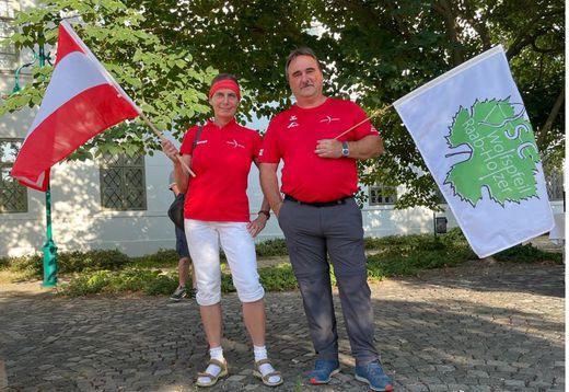 Begeisterte Bogenschützen: Roswitha und Günter Url