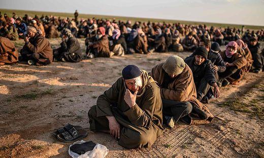 Die Kurden in Syrien nahmen tausende IS-Kämpfer fest, darunter den Austro-Türken Azad G.